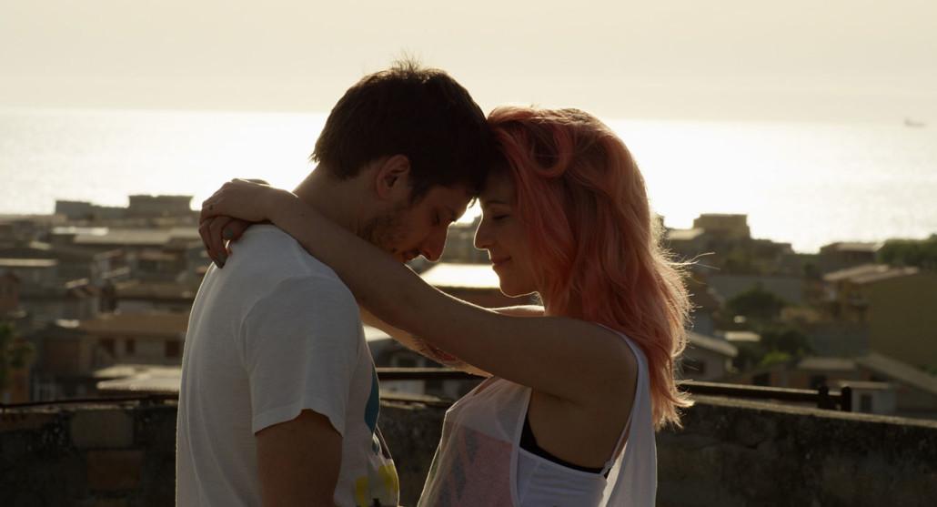 film d amore tra una ragazza e un adulto appuntamenti per adulti