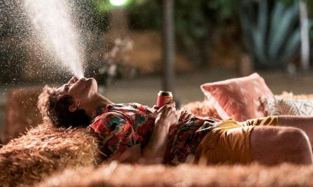 Palm Springs – Vivi come non ci fosse un domani