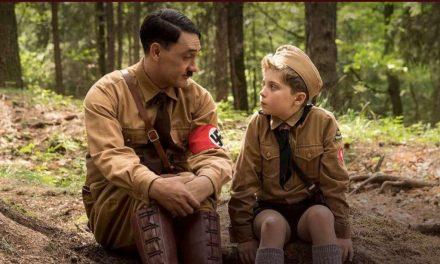 Pomeriggio al Gloria con la parodia del nazismo di Jojo Rabbit